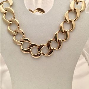 Gold Tone Chain Chocker Necklace and Bracelet